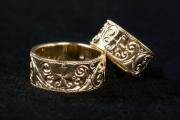 36 Abielusõrmused - kuld, käsigraveering