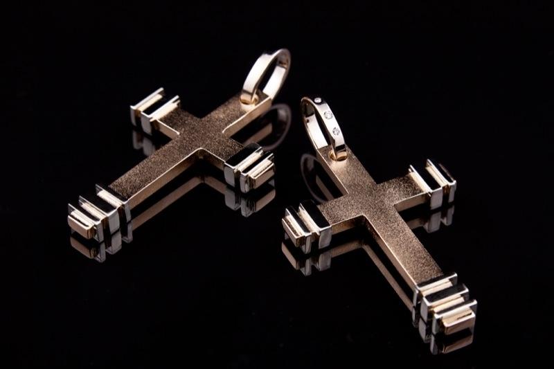 Risti ripatsid 34 - Kuld, valge kuld