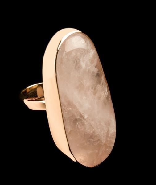 48 Sõrmus - kuld, roosa kvarts
